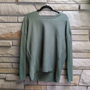 Poof Olive Pistachio Green crewneck sweater XL
